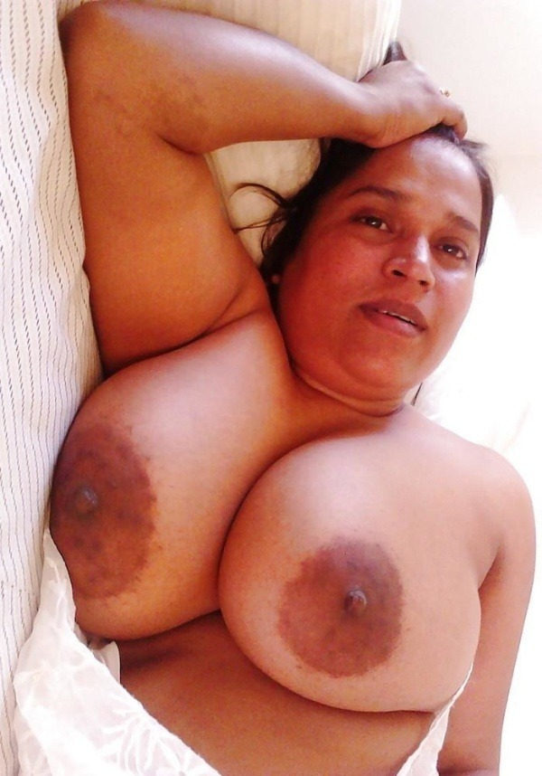 lovely desi natural tits images - 28