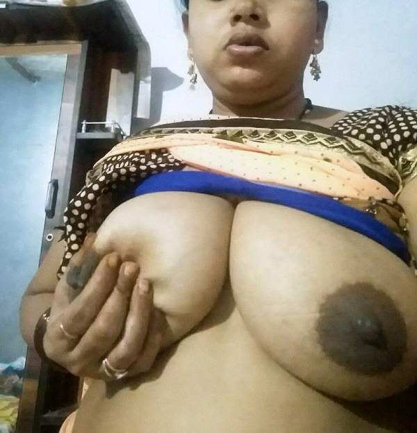 lovely desi natural tits images - 3