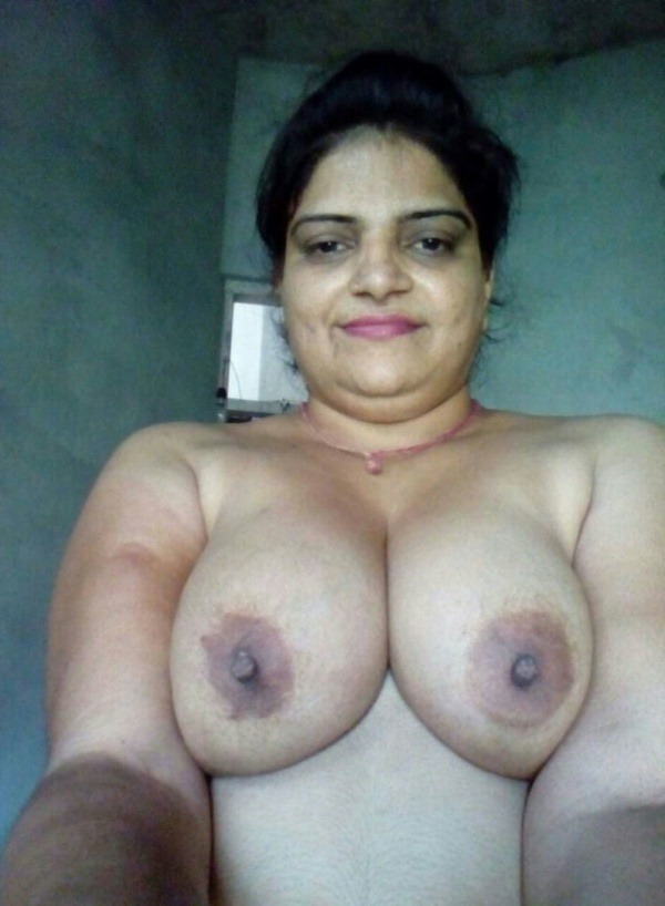 lovely desi natural tits images - 30