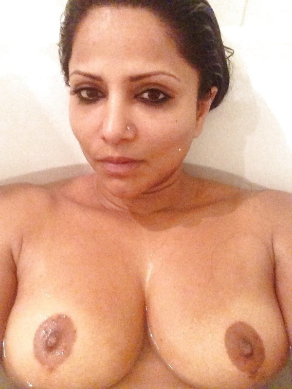 lovely desi natural tits images - 36