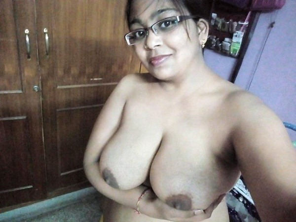 lovely desi natural tits images - 8