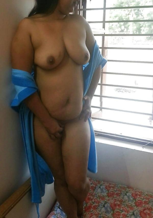 lovely mallu nude gallery - 1