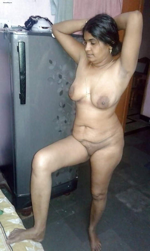 naughty indian sexy aunties pics - 26