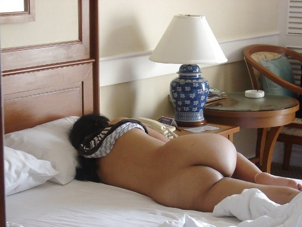 naughty indian sexy aunties pics - 33