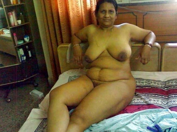 naughty indian sexy aunties pics - 38