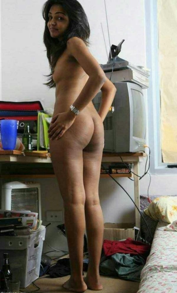 sensual indian nude girls pics - 1