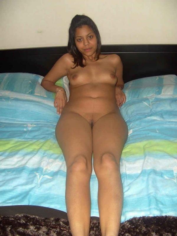 sensual indian nude girls pics - 5