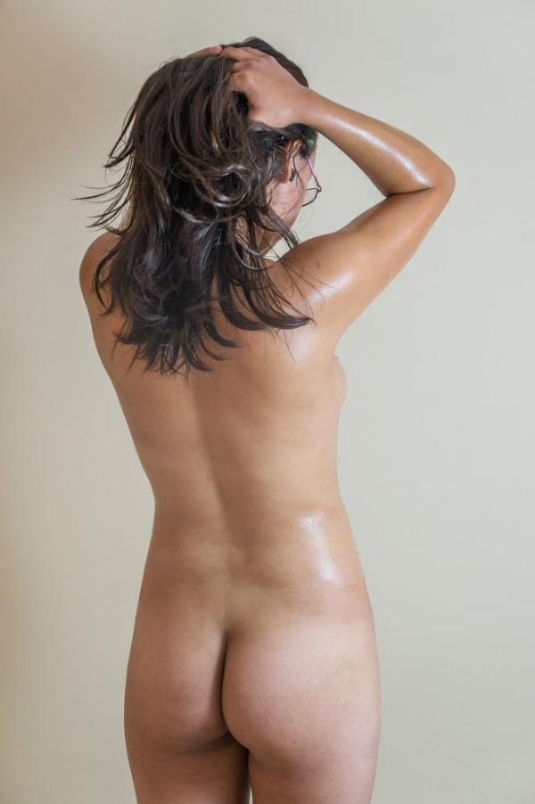 sensual indian nude girls pics - 7