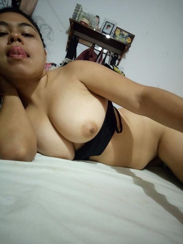 sexy desi gf nude images - 8