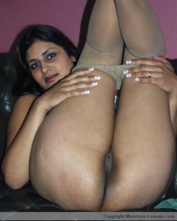 slutty desi bhabhi xxx pics - 10