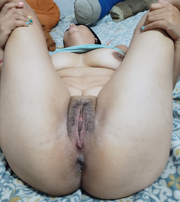 slutty tight indian pussy pics - 12