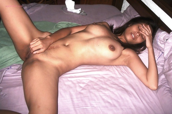 alluring indian college girls nude pics - 22
