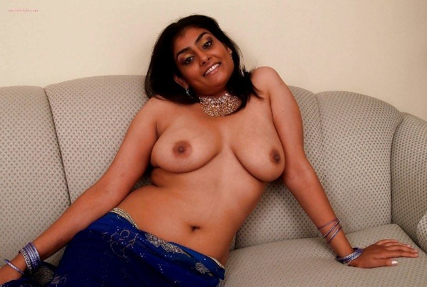 alluring indian college girls nude pics - 46