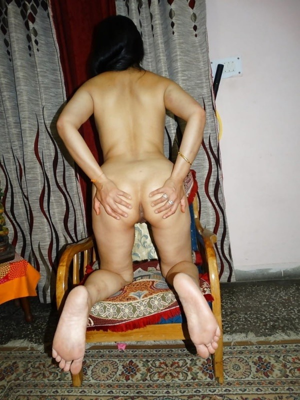 arouse your lust to horny indian bhabhi nude pics - 12