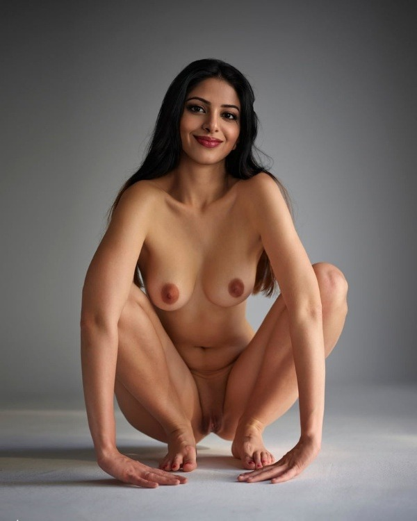 arouse your lust to horny indian bhabhi nude pics - 16