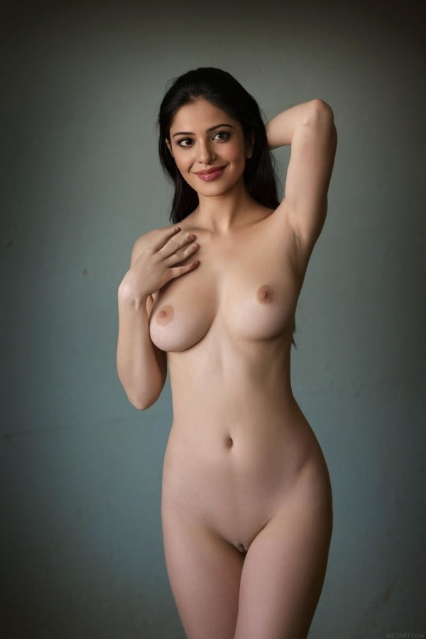 arouse your lust to horny indian bhabhi nude pics - 2
