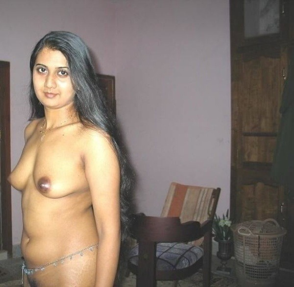 arouse your lust to horny indian bhabhi nude pics - 3