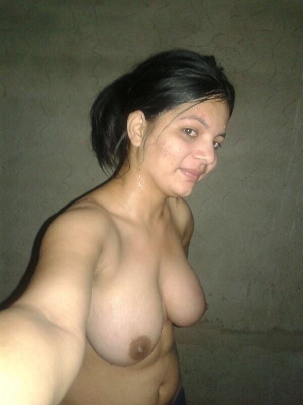 arouse your lust to horny indian bhabhi nude pics - 52