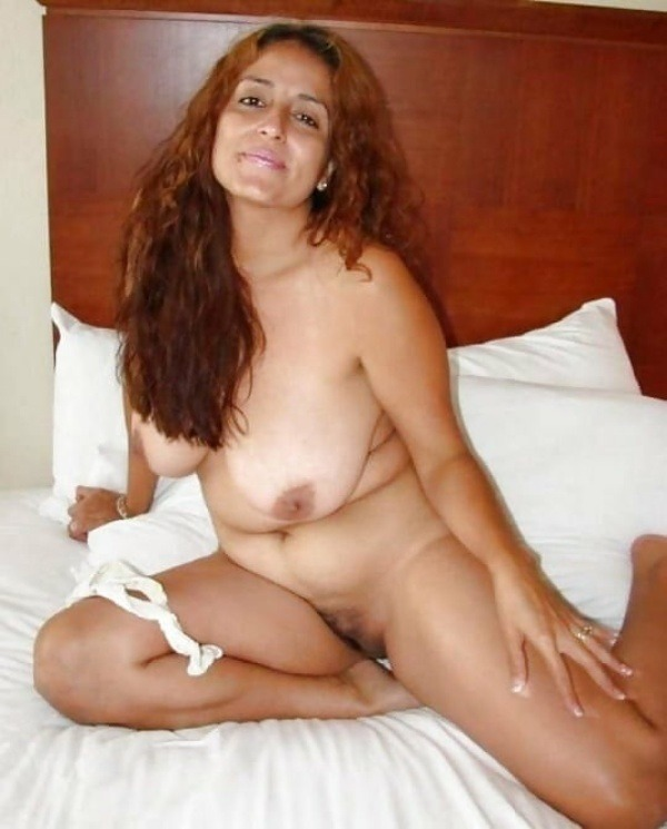 big round ass mature pussy aunty nude images - 26