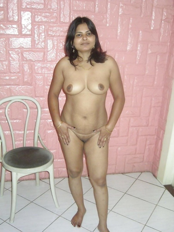 big round ass mature pussy aunty nude images - 33
