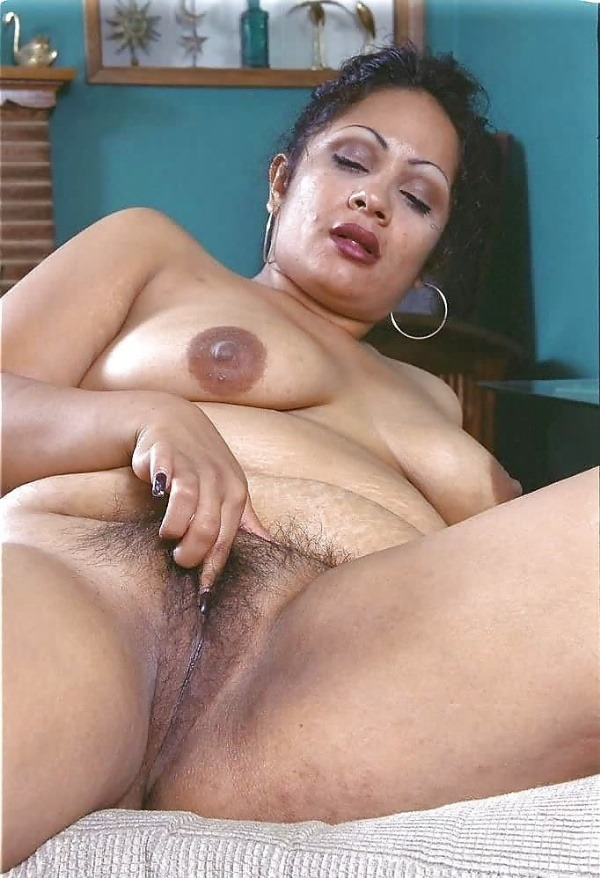 big round ass mature pussy aunty nude images - 46