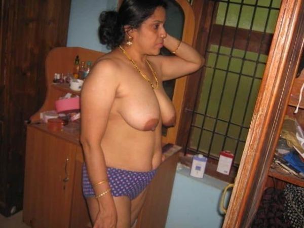 big tits round ass mallu aunty nude pics - 47