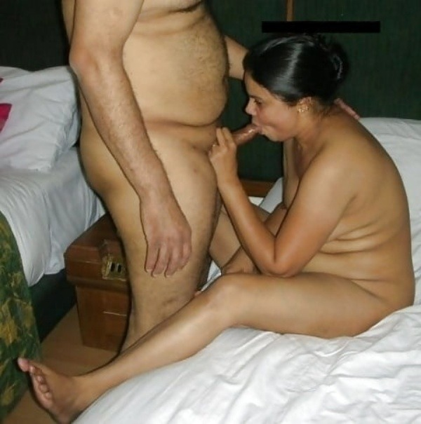 desi amateur couple romantic sexy pic - 8