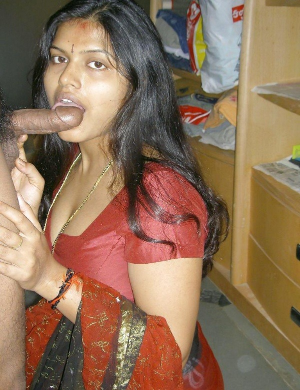desi married women sexy blowjob images - 9
