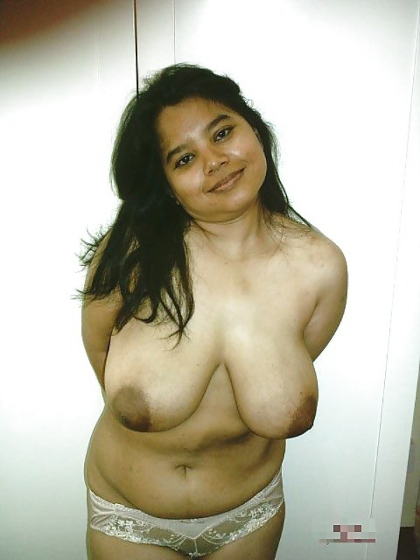 desi women big boobs photos need your attention - 16