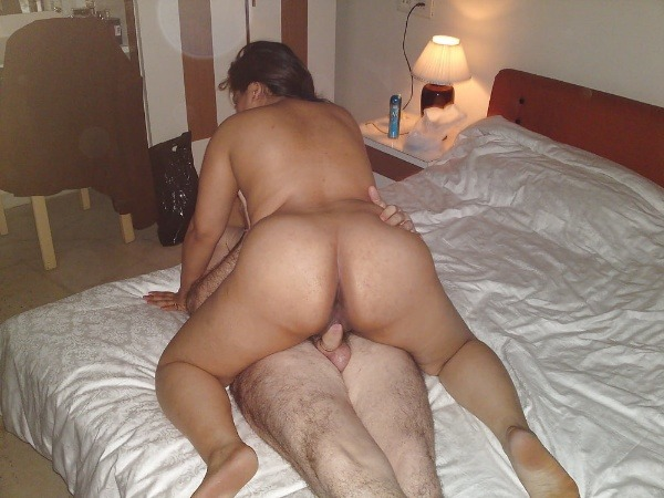 dirty desi couple romantic sex pic goes viral - 3