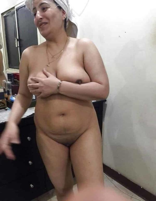 hot boobs tight pussy mallu nude pics - 18