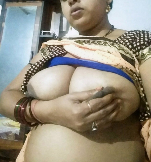 hot delhi wives big boobs porn pics are cum seekers - 4