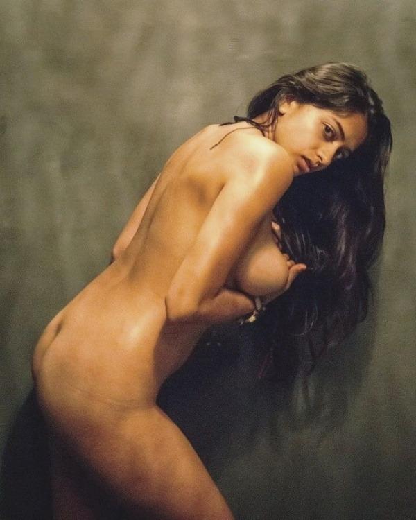 hot sexy body pics of desi nude women - 26