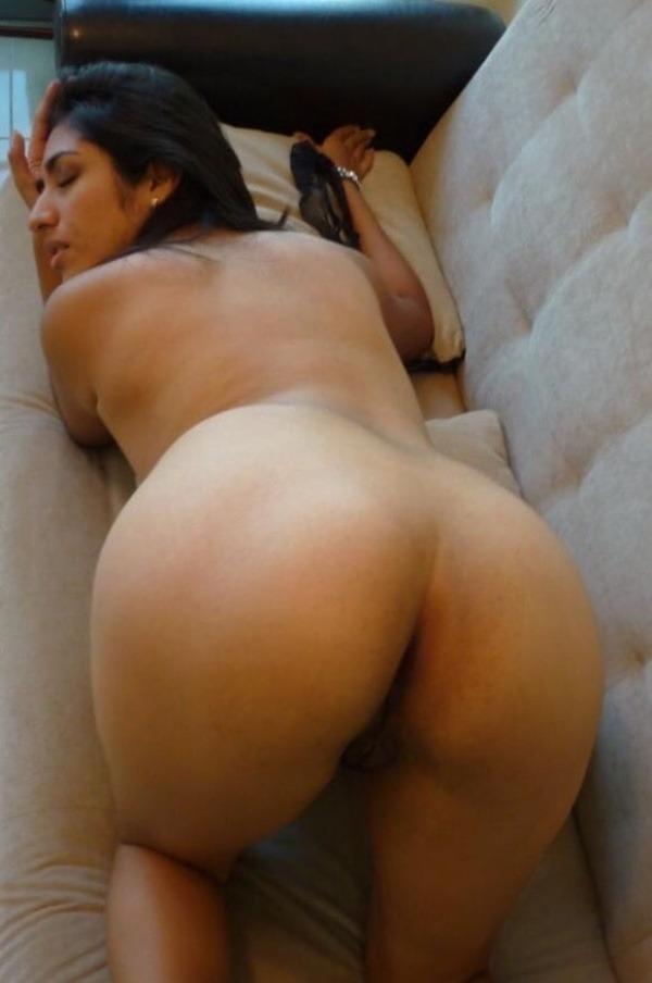 indian nude girls pics flashing big boobs tight ass - 29