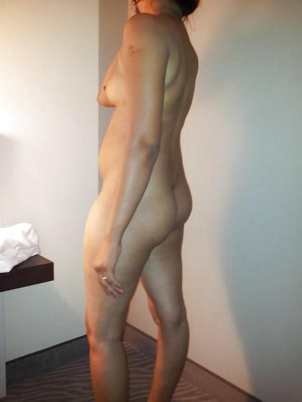 indian nude girls pics flashing big boobs tight ass - 38