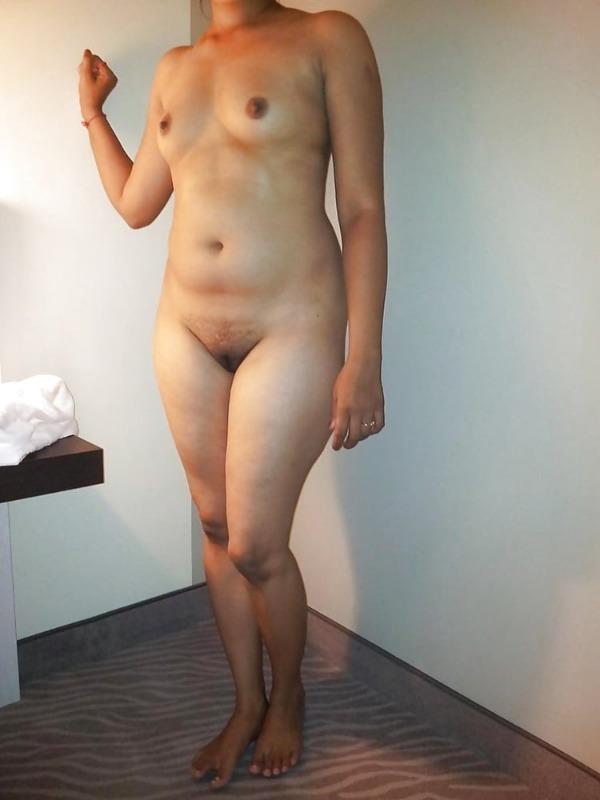 indian nude girls pics flashing big boobs tight ass - 45
