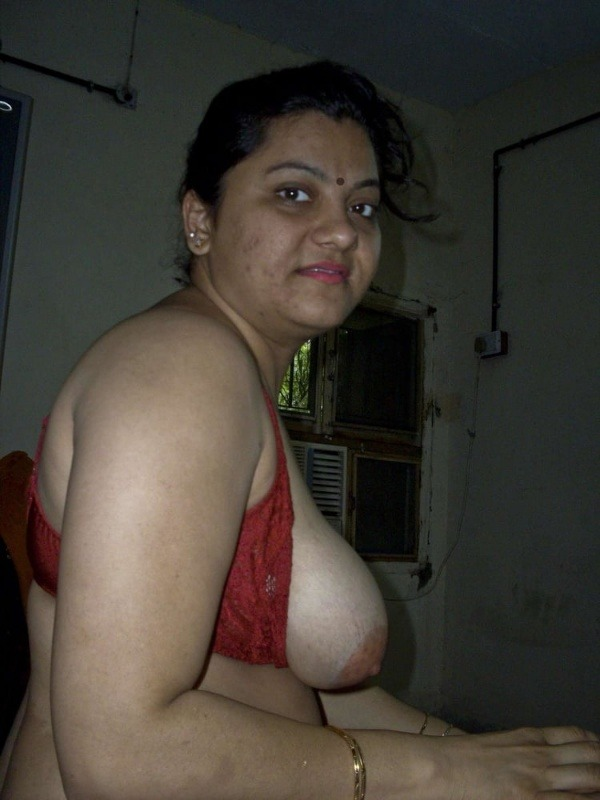 indian sexy mature aunties pics - 19