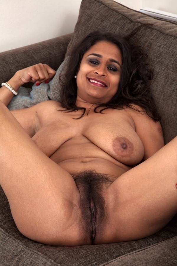 indian sexy mature aunties pics - 29