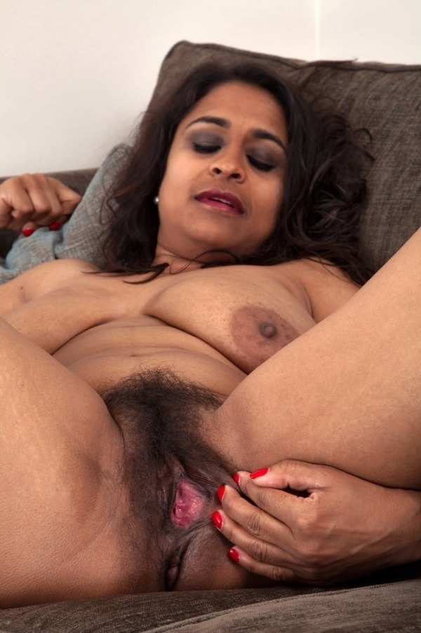 indian sexy mature aunties pics - 31