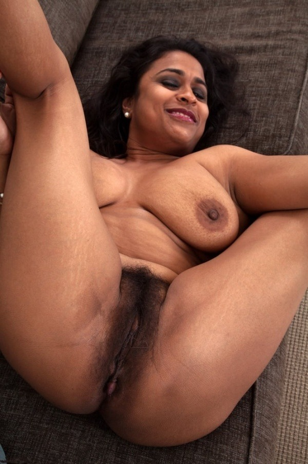 indian sexy mature aunties pics - 33