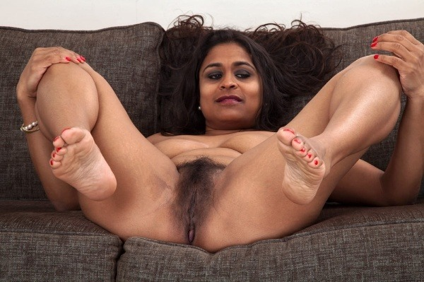 indian sexy mature aunties pics - 44