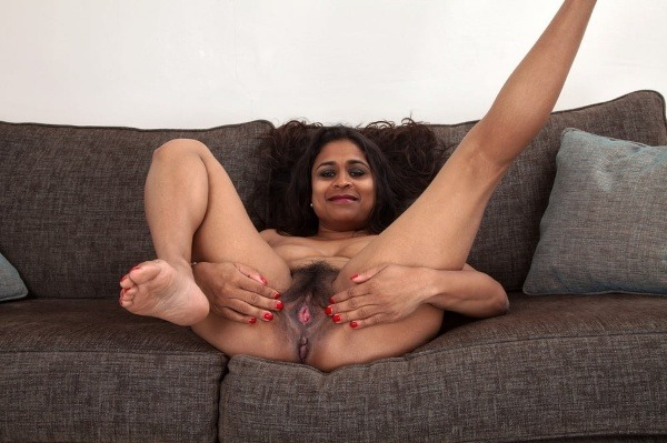 indian sexy mature aunties pics - 49