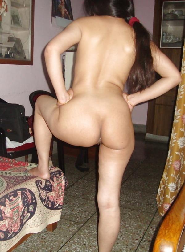 jerk off to these sexy bhabhi nude pics - 18