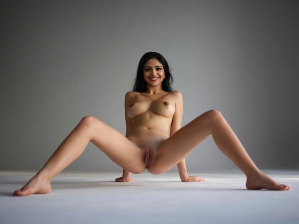 jerk off to these sexy bhabhi nude pics - 22