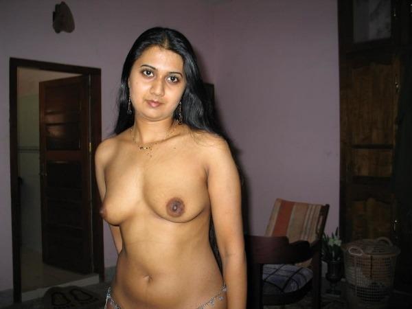 jerk off to these sexy bhabhi nude pics - 29