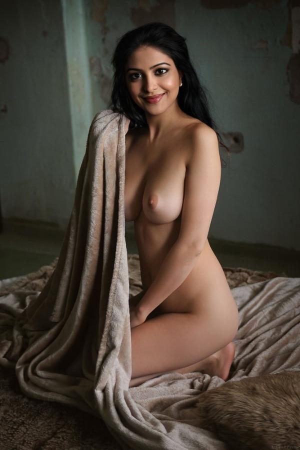 jerk off to these sexy bhabhi nude pics - 34