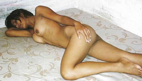 lovely indian naked girls pics to jerk off - 31