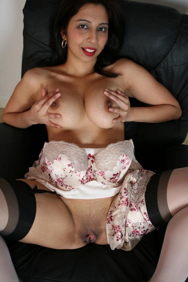 lovely sexy bhabhi pics big boobs pussy ass - 27