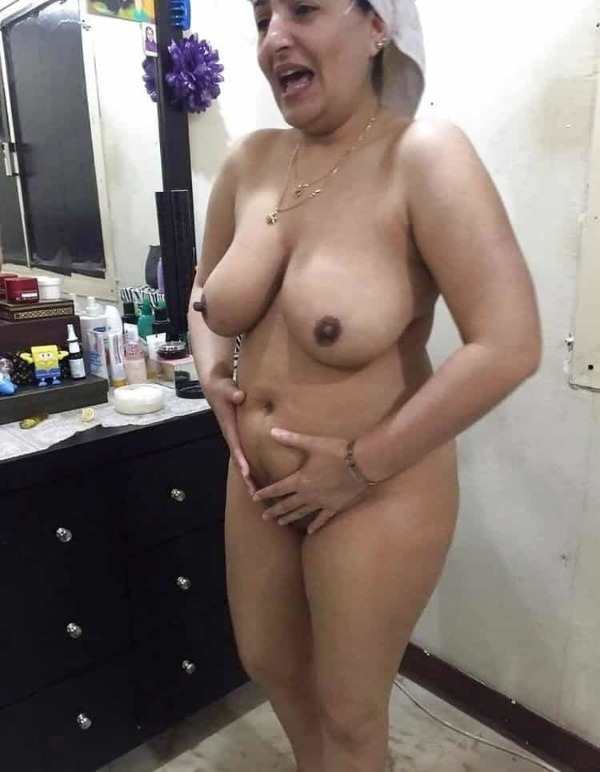 mature mallu nude photos to uplift horny desires - 10