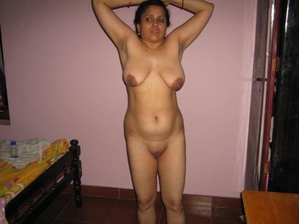 mature mallu nude photos to uplift horny desires - 44
